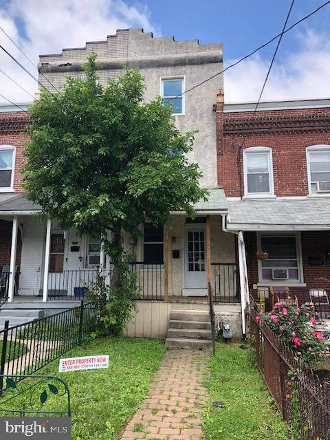 Photo of 610 N CANNON AVE, LANSDALE, PA 19446 (MLS # PAMC2000094)