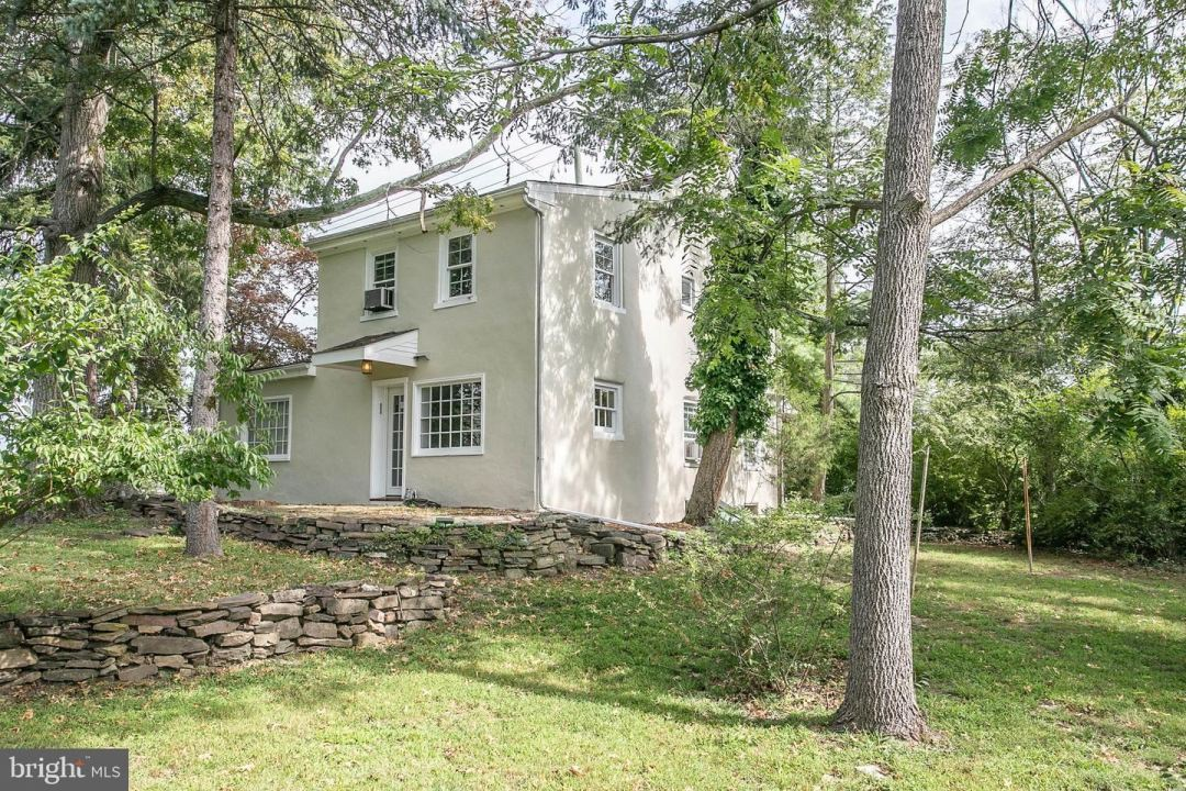 Photo of 613 W TOWNSHIP LINE RD, EAST NORRITON, PA 19401 (MLS # PAMC2008104)