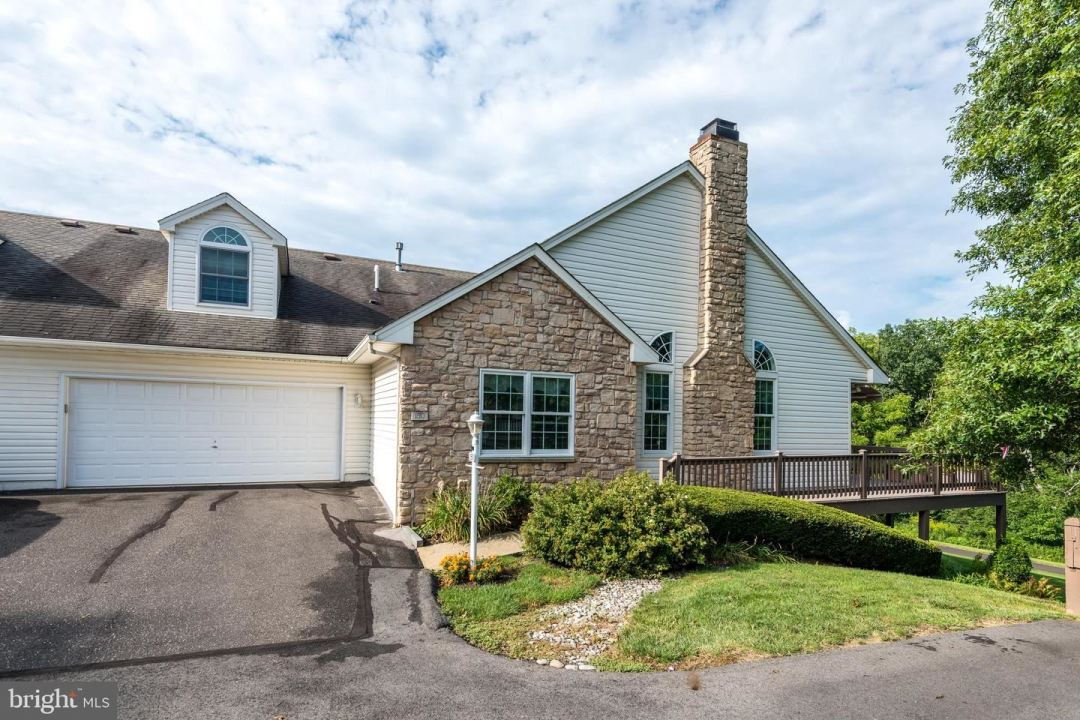 Photo of 150 CLIVEDEN TER, SOUDERTON, PA 18964 (MLS # PAMC662122)