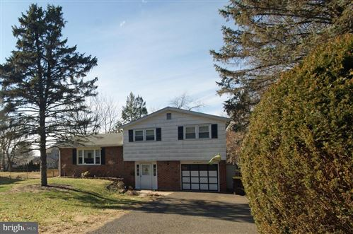 Photo of 500 W MONTGOMERY AVE, NORTH WALES, PA 19454 (MLS # PAMC639298)