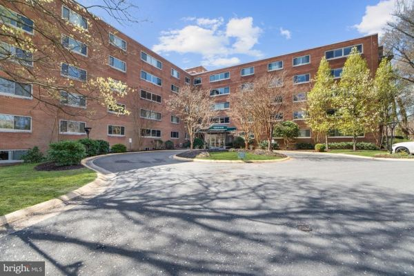 Photo of 5100 DORSET AVE #114, CHEVY CHASE, MD 20815 (MLS # MDMC702318)