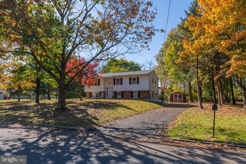 Photo for 3864 NANCY LN, COLLEGEVILLE, PA 19426 (MLS # PAMC629444)