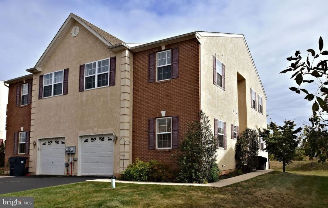 Photo of 512 CLEARVIEW DR, SOUDERTON, PA 18964 (MLS # PAMC628476)