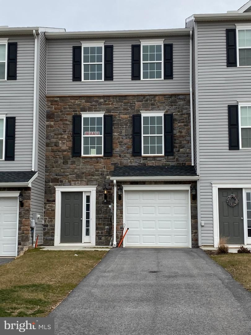 Photo of 30 HOLSTEIN DR, HANOVER, PA 17331 (MLS # PAYK128564)