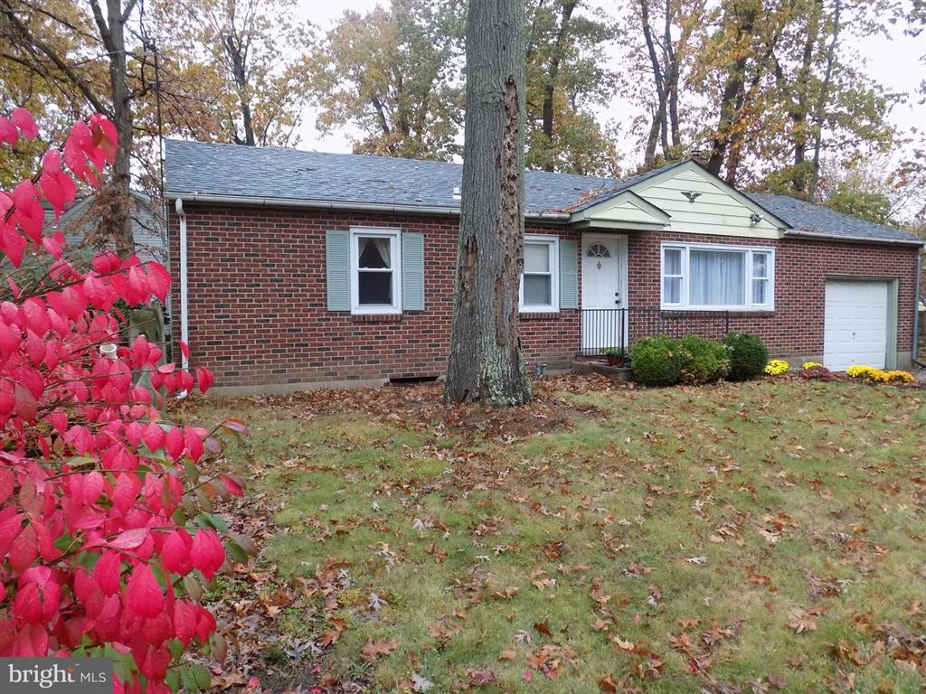 Photo for 2302 CHARLES LN, JAMISON, PA 18929 (MLS # PABU483572)