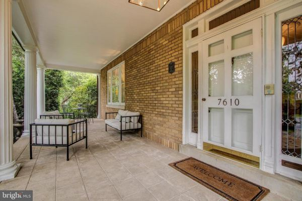 Photo of 7610 CONNECTICUT AVE, CHEVY CHASE, MD 20815 (MLS # MDMC706618)
