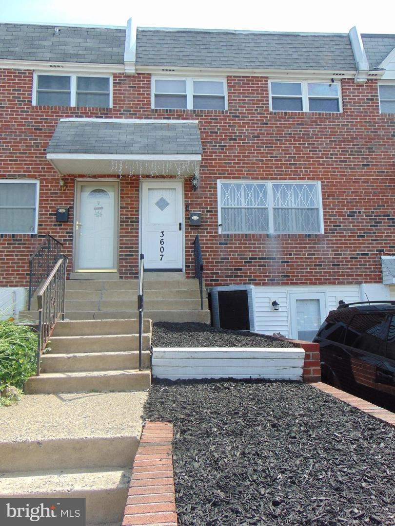 Photo of 3607 CANBY DR, PHILADELPHIA, PA 19154 (MLS # PAPH2002626)