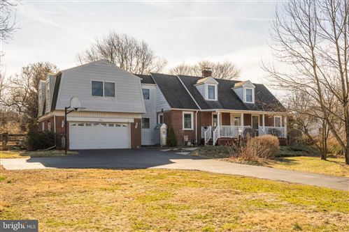 Photo of 912 S COLLEGEVILLE RD, PHOENIXVILLE, PA 19460 (MLS # PAMC639678)