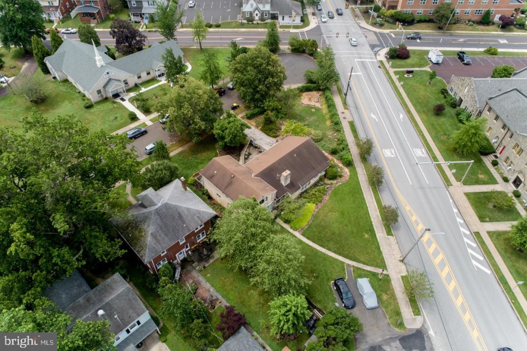 Photo of 11 ELM DR, LANSDALE, PA 19446 (MLS # PAMC681704)