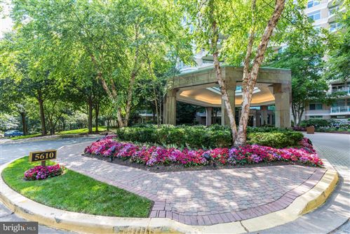 Photo of 5610 WISCONSIN AVE #802, CHEVY CHASE, MD 20815 (MLS # MDMC726746)