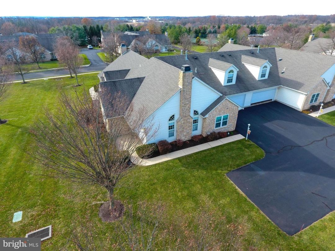 Photo for 31 CHANCERY CT, SOUDERTON, PA 18964 (MLS # PAMC632746)