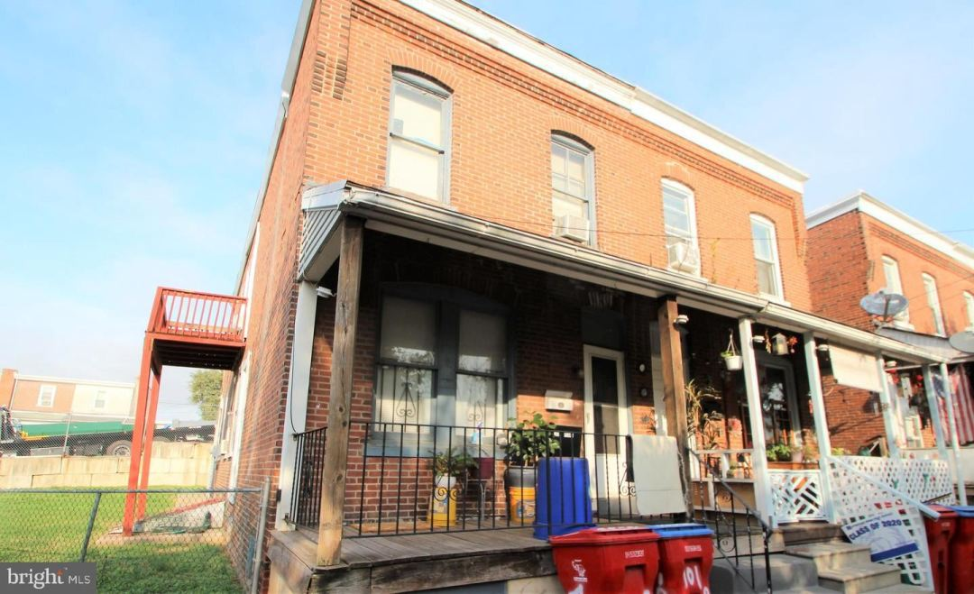 Photo of 101 PEARL ST, NORRISTOWN, PA 19401 (MLS # PAMC667756)