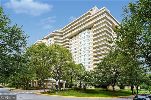 Photo of 5600 WISCONSIN AVE #1208, CHEVY CHASE, MD 20815 (MLS # MDMC687810)