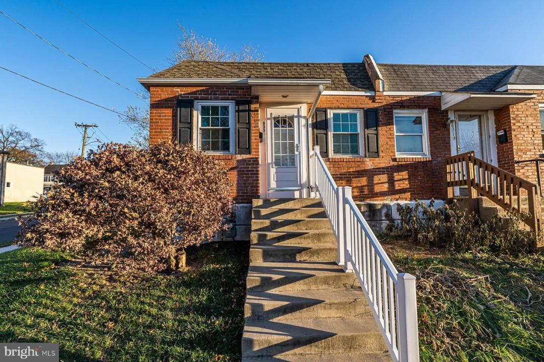Photo for 833 SHAW AVE, LANSDALE, PA 19446 (MLS # PAMC631826)