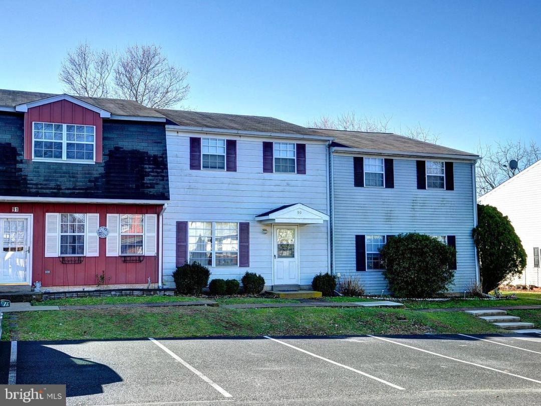 Photo for 90 GREEN MEADOW LN, TELFORD, PA 18969 (MLS # PAMC637836)