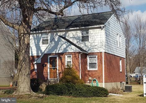 Photo of 521 CRUMLYNNE RD, RIDLEY PARK, PA 19078 (MLS # PADE508890)