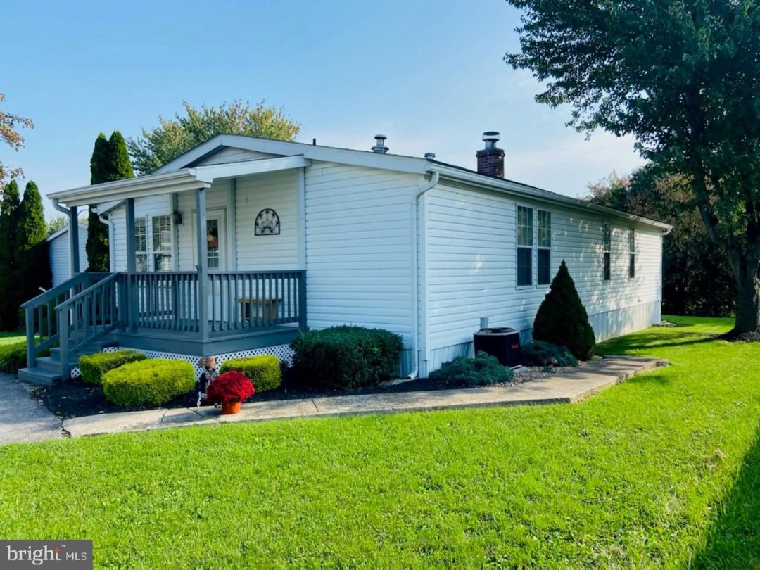 Photo of 148 RUSTIC DR, SHIPPENSBURG, PA 17257 (MLS # PACB2003914)