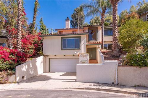 Photo of 21805 Martinez Street, Woodland Hills, CA 91364 (MLS # SR21062005)