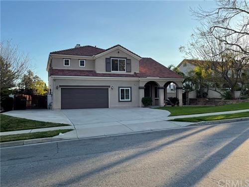 Photo of 14077 Crestline Place, Rancho Cucamonga, CA 91739 (MLS # CV21015012)