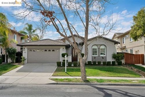 Photo of 339 Foothill Dr, Brentwood, CA 94513 (MLS # 40938048)