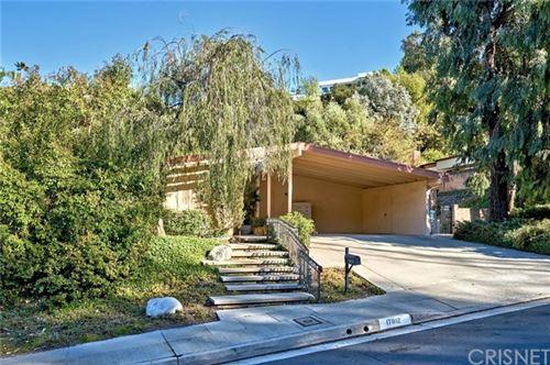 Photo of 17012 Escalon Drive, Encino, CA 91436 (MLS # SR21037063)