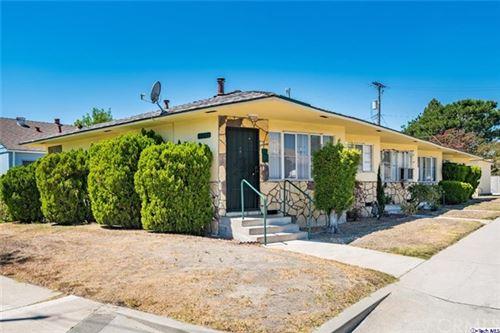 Photo of 1337 N Buena Vista Street #D, Burbank, CA 91505 (MLS # 320004150)
