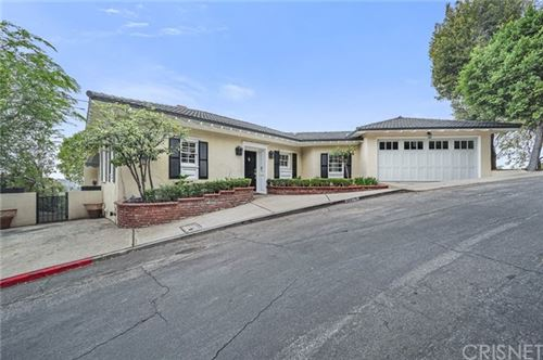 Photo of 1351 Cedar Court Road, Glendale, CA 91207 (MLS # SR21103177)