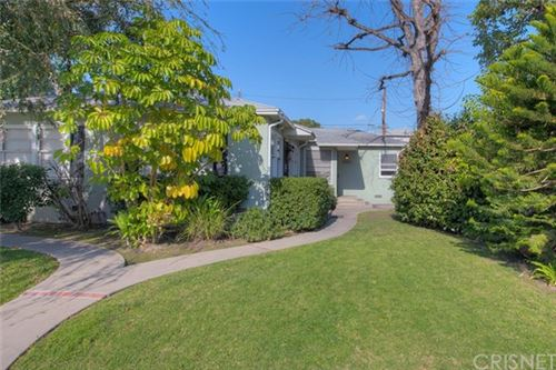 Photo of 3907 W Chandler Boulevard, Burbank, CA 91505 (MLS # SR19271194)