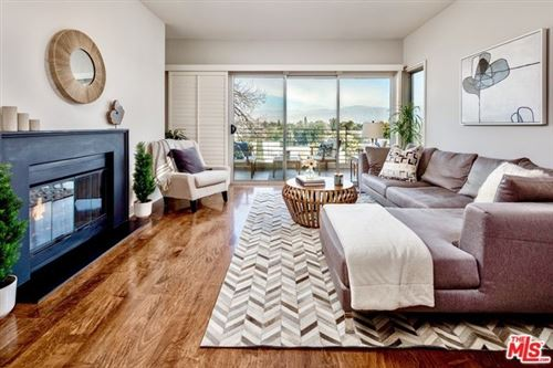 Photo of 11815 LAURELWOOD Drive #16, Studio City, CA 91604 (MLS # 20555216)