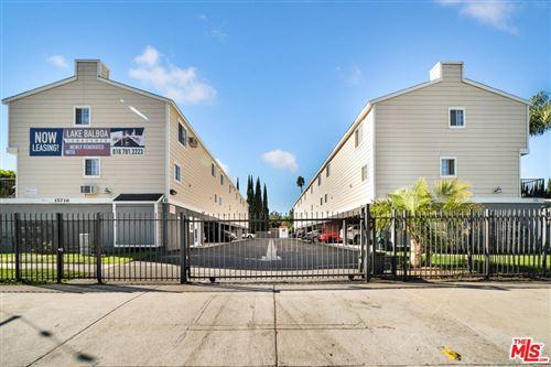 Photo of 15716 Saticoy Street, Van Nuys, CA 91406 (MLS # 21783240)