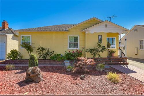 Photo of 523 Idaho Street, San Mateo, CA 94401 (MLS # ML81804245)