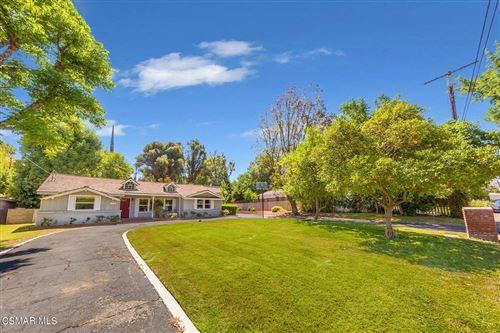 Photo of 20521 Dumont Street, Woodland Hills, CA 91364 (MLS # 221003260)