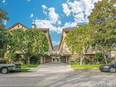 Photo of 241 W Dryden Street #D, Glendale, CA 91202 (MLS # SR21106281)
