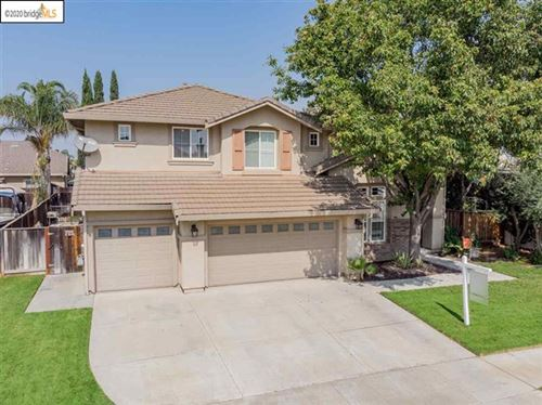Photo of 801 Mericrest St, Brentwood, CA 94513 (MLS # 40922291)