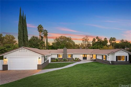 Photo of 5956 Penfield Avenue, Woodland Hills, CA 91367 (MLS # SR21208344)