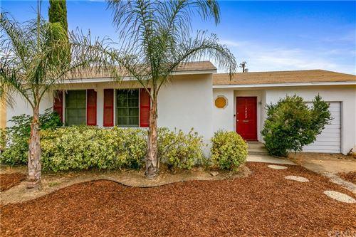 Photo of 7442 Paso Robles Avenue, Lake Balboa, CA 91406 (MLS # AR21142353)