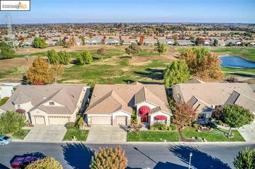 Photo of 729 Richardson Dr, Brentwood, CA 94513 (MLS # 40930383)