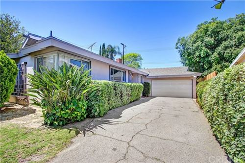 Photo of 18645 Prairie Street, Northridge, CA 91324 (MLS # SR20094383)