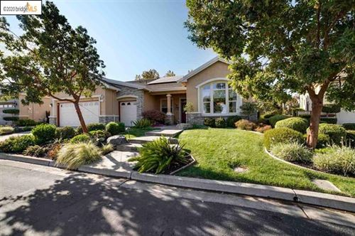 Photo of 283 Monarch Ter, Brentwood, CA 94513 (MLS # 40928409)