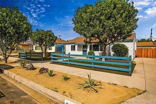 Photo of 6246 Denny Avenue, North Hollywood, CA 91606 (MLS # SR21112411)