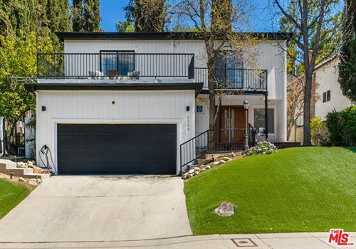 Photo of 4944 Don Pio Drive, Woodland Hills, CA 91364 (MLS # 21715420)