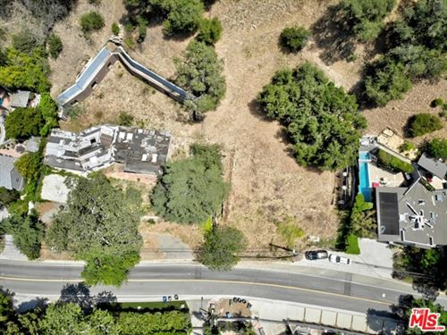 Photo of 2534 Benedict Canyon Drive, Beverly Hills, CA 90210 (MLS # 21733424)