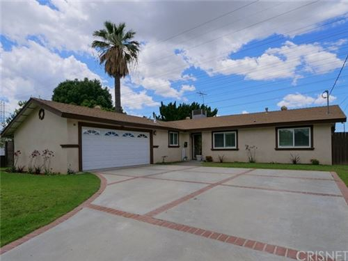 Photo of 9133 Geyser Avenue, Northridge, CA 91324 (MLS # SR20096435)