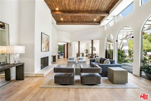 Photo of 1571 Tower Grove Drive, Beverly Hills, CA 90210 (MLS # 21793476)