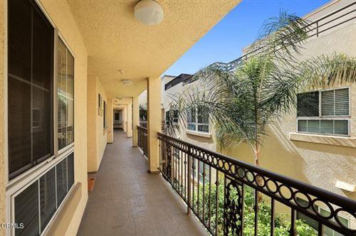 Photo of 10824 Bloomfield Street #304, Toluca Lake, CA 91602 (MLS # P1-3581)