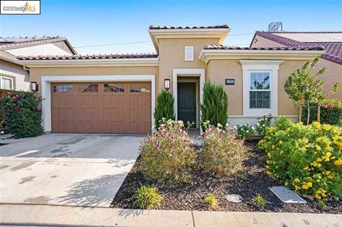 Photo of 1591 Chianti Ln, Brentwood, CA 94513 (MLS # 40926604)