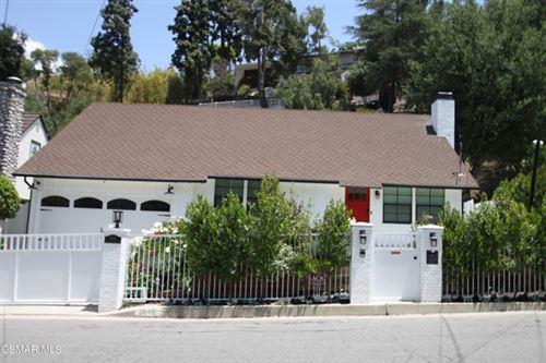 Photo of 3846 Dixie Canyon Avenue, Sherman Oaks, CA 91423 (MLS # 221002605)