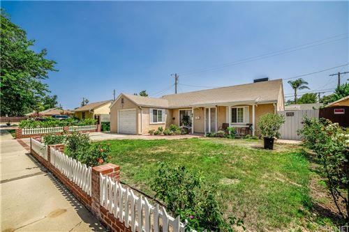 Photo of 17430 Wyandotte Street, Lake Balboa, CA 91406 (MLS # SR21157690)