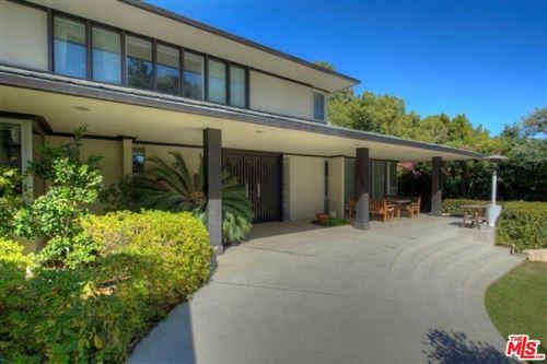 Photo of 968 N Alpine Drive, Beverly Hills, CA 90210 (MLS # 21770734)