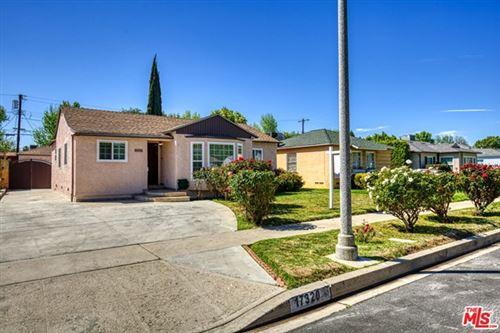 Photo of 17320 Hamlin Street, Lake Balboa, CA 91406 (MLS # 21717750)